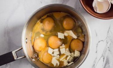 Что приготовить на завтрак из яиц — подборка интересных рецептов